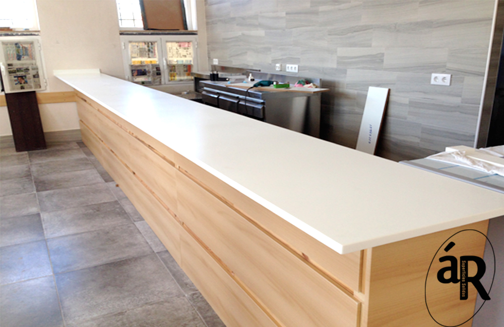 Barra bar de Hi-macs / Countertop in Hi-macs # Ar superficies solidas